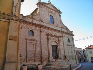 Facciata della chiesa dedicata alla Madonna di Loreto a Torino di Sangro